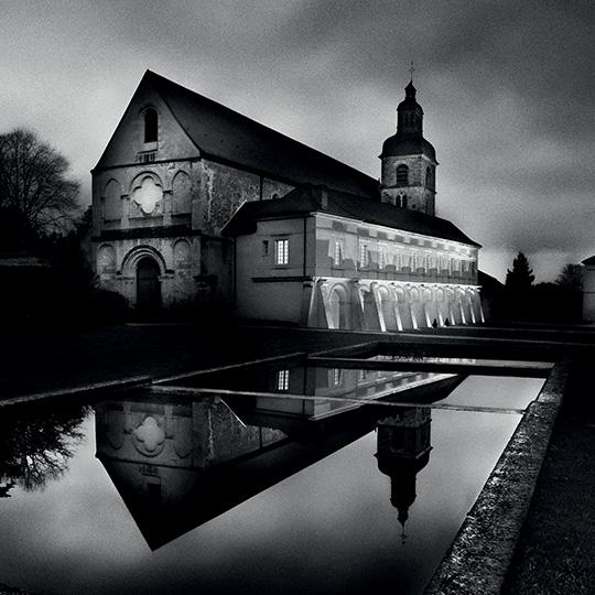 home_abbaye-dom-perignon